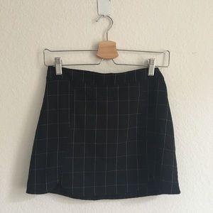 Brandy Melville Raquel black grid skirt